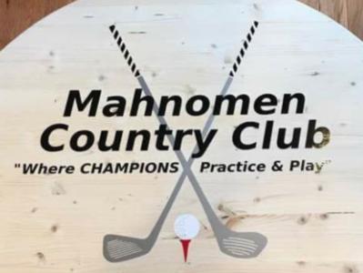Mahnomen Country Club